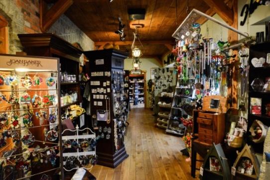 Interior of the Windmill County Market in Mt Pleasant