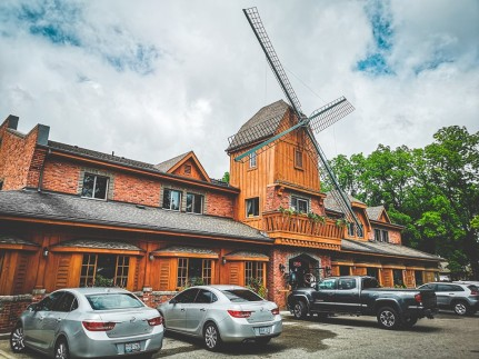 The Windmill Country Market in Mt. Pleasant